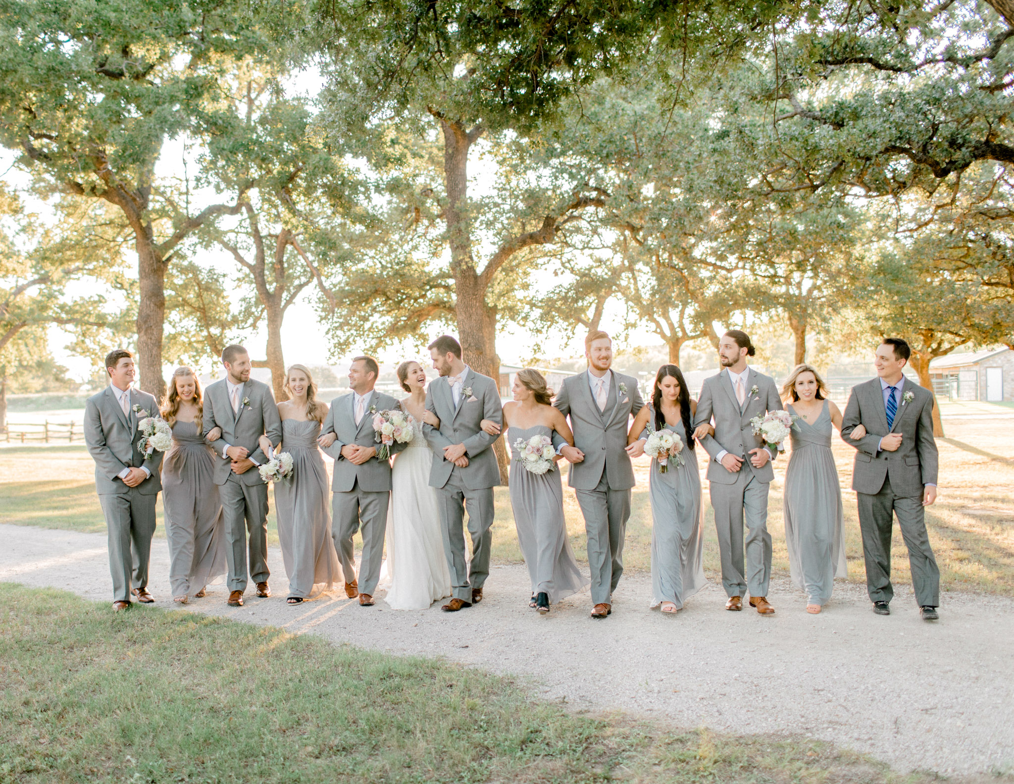Wichita Falls, TX - Timeless Wedding Photography