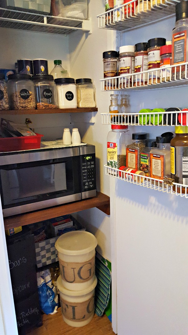 small kitchen pantry organization ideas