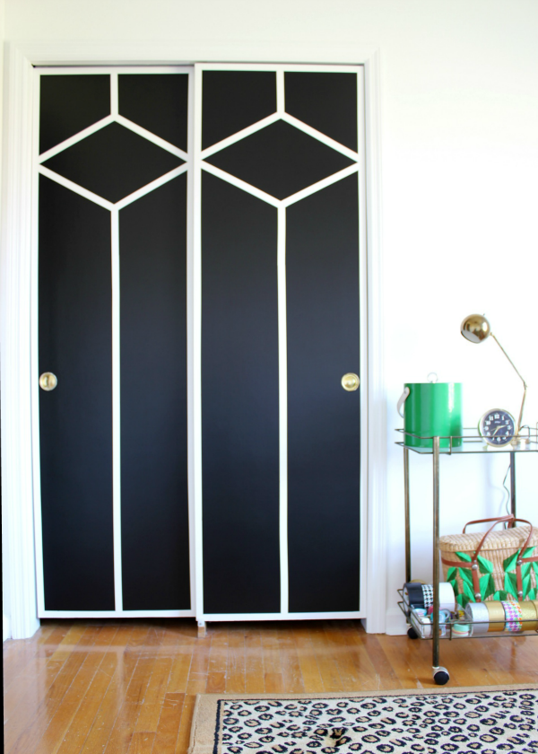source: https://rainonatinroof.com/2016/02/diy-painted-and-patterned-doors/