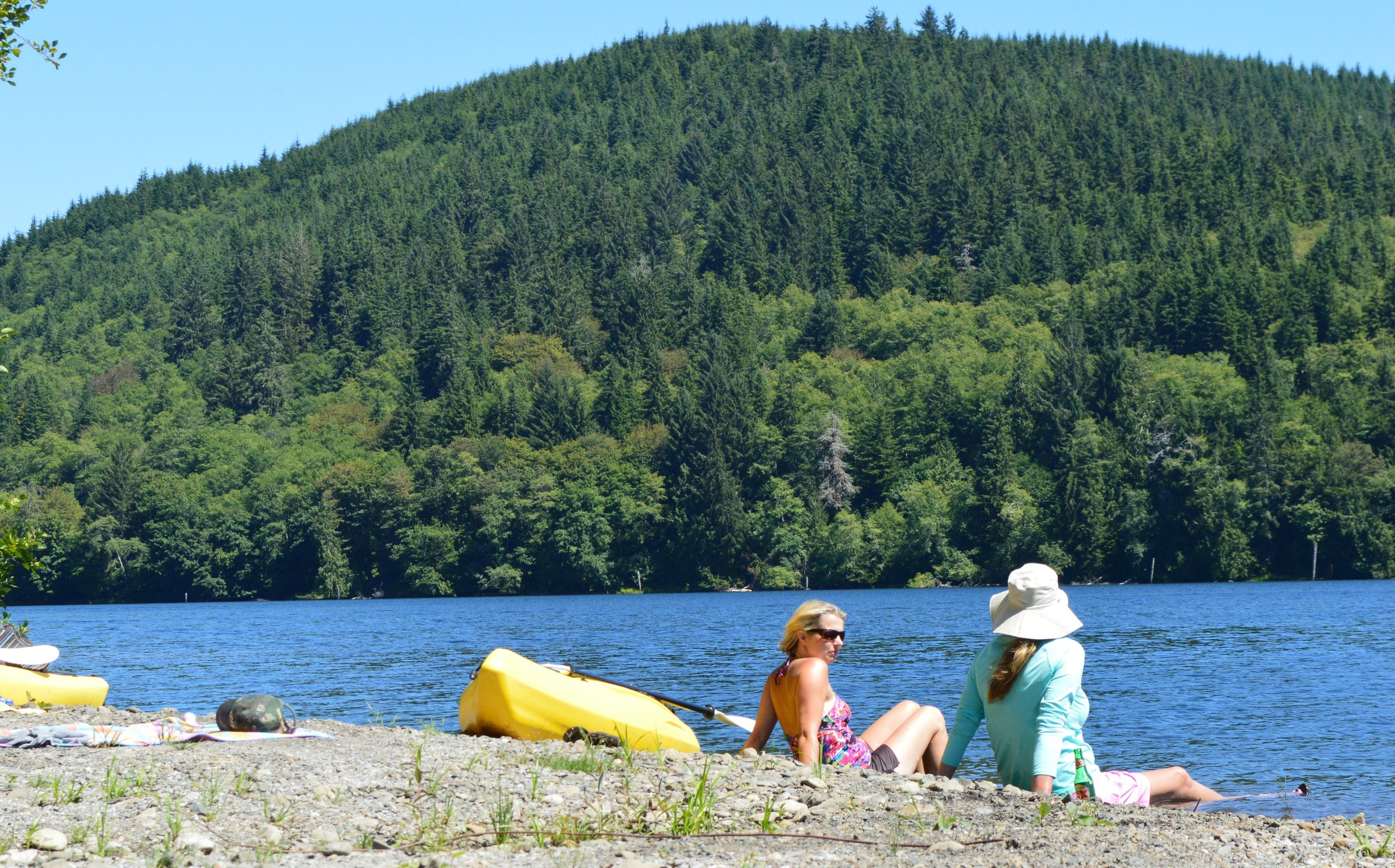 kayak-lake-pleasant-washington.jpg