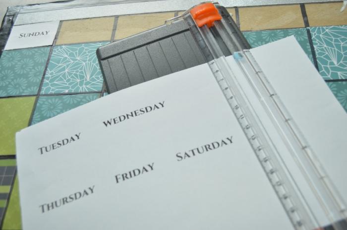 how to diy monthly dry erase calendar.JPG