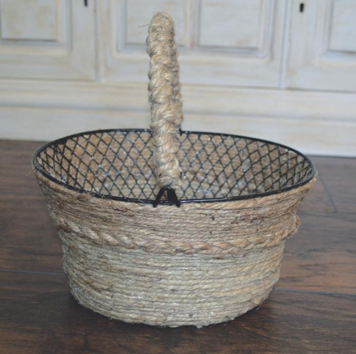 Easy Diy coil rope basket.jpg