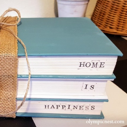 letter+stamped+diy+coastal+stacked+book+decor.jpg