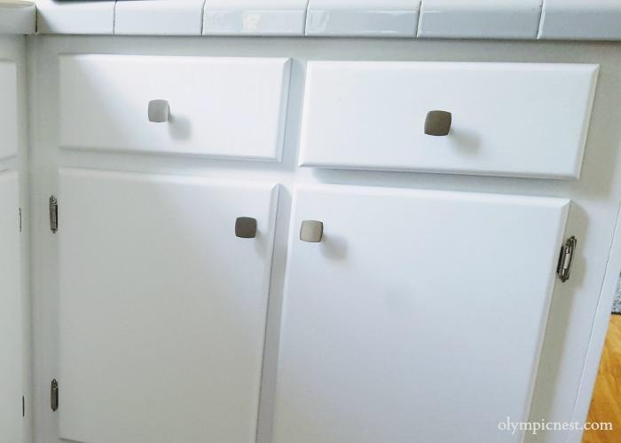 amazing kitchen cabinet makeover brightens small manufactured home's kitchen.jpg
