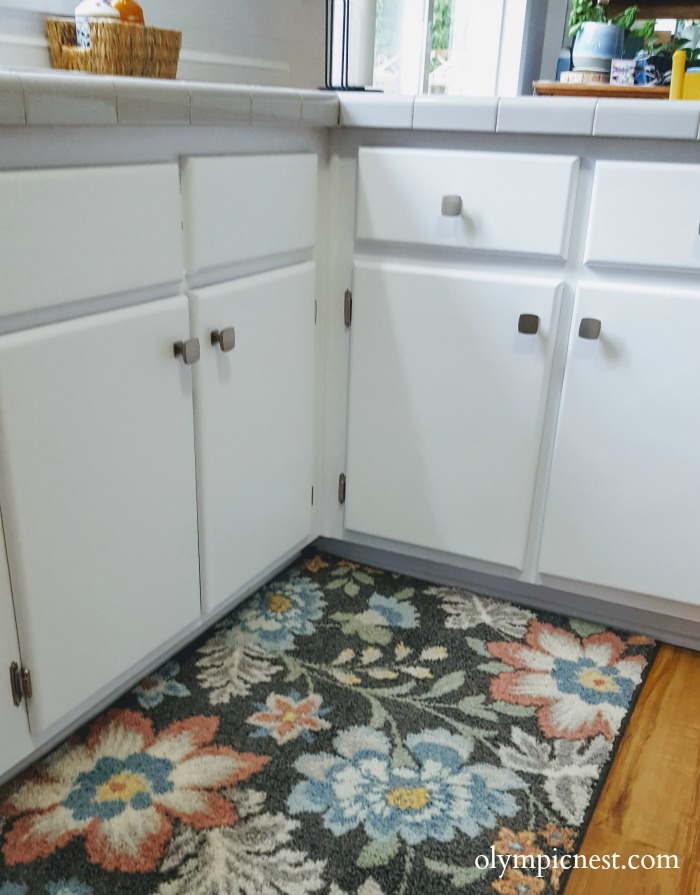 Amazing before and after kitchen cabinet makeover that brightens small kitchen.jpg