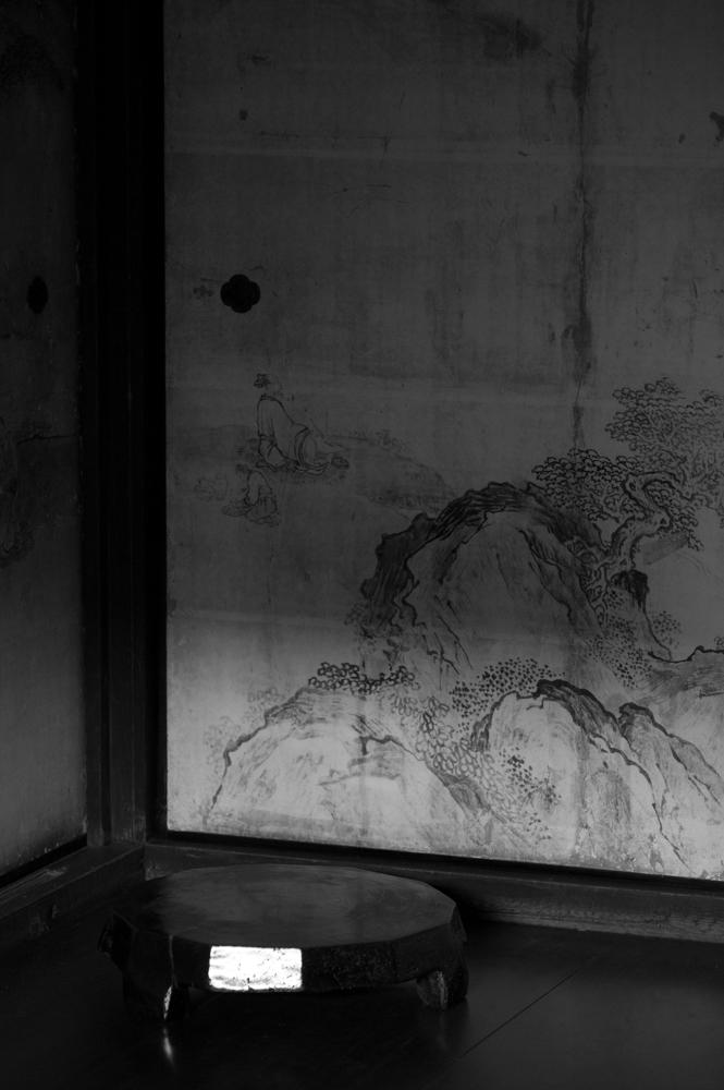 Thinking in shadows-4.jpg