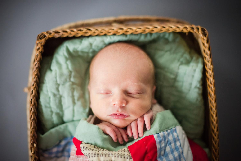 newborn portfolio_0010.jpg
