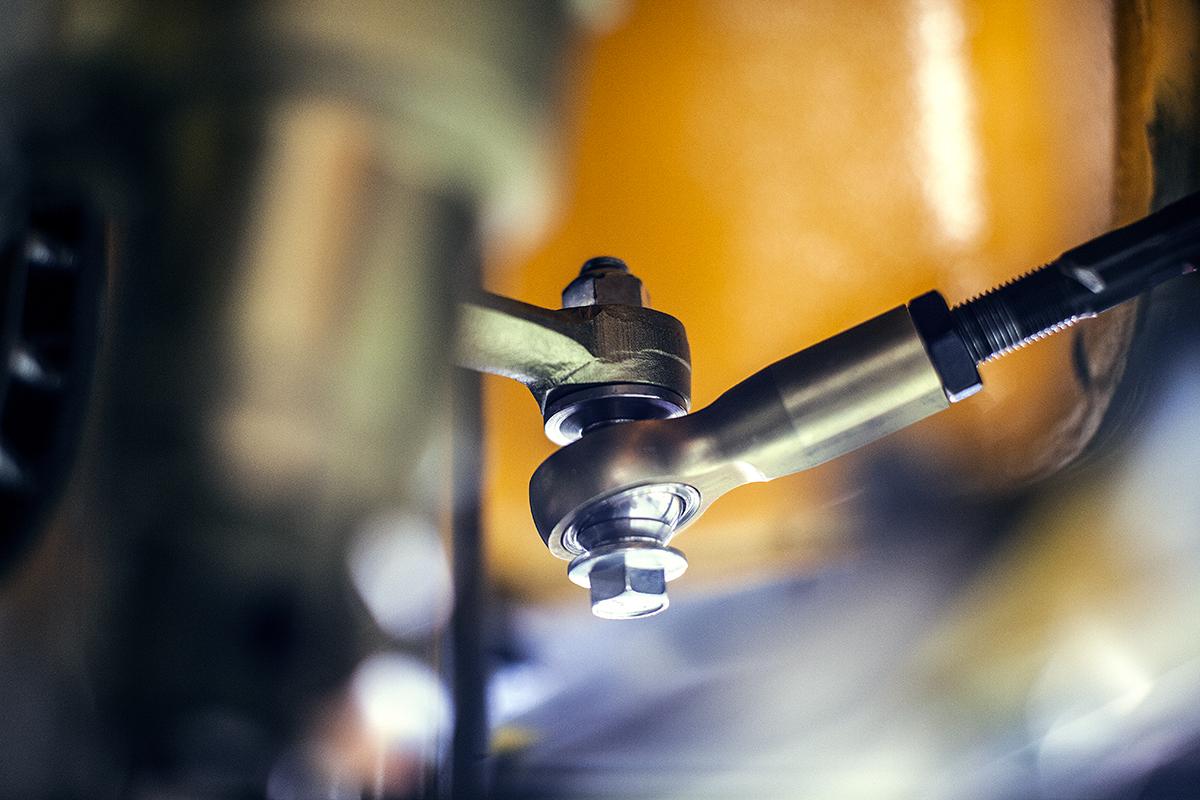 luft-auto-safari-steering.jpg