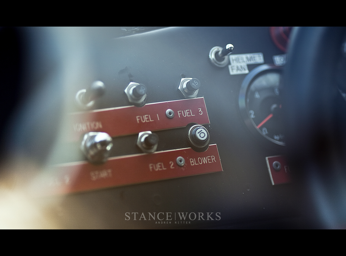 porsche-935-fuse-switches-rennsport-reunion.jpg