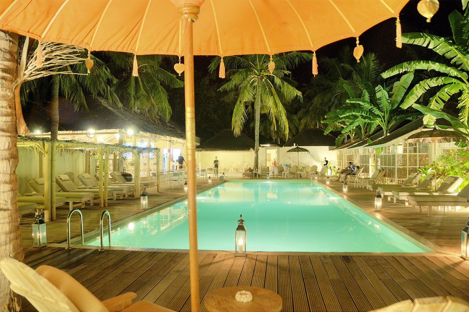 Swimming pool by night - Les Villas Ottalia Gili Trawangan
