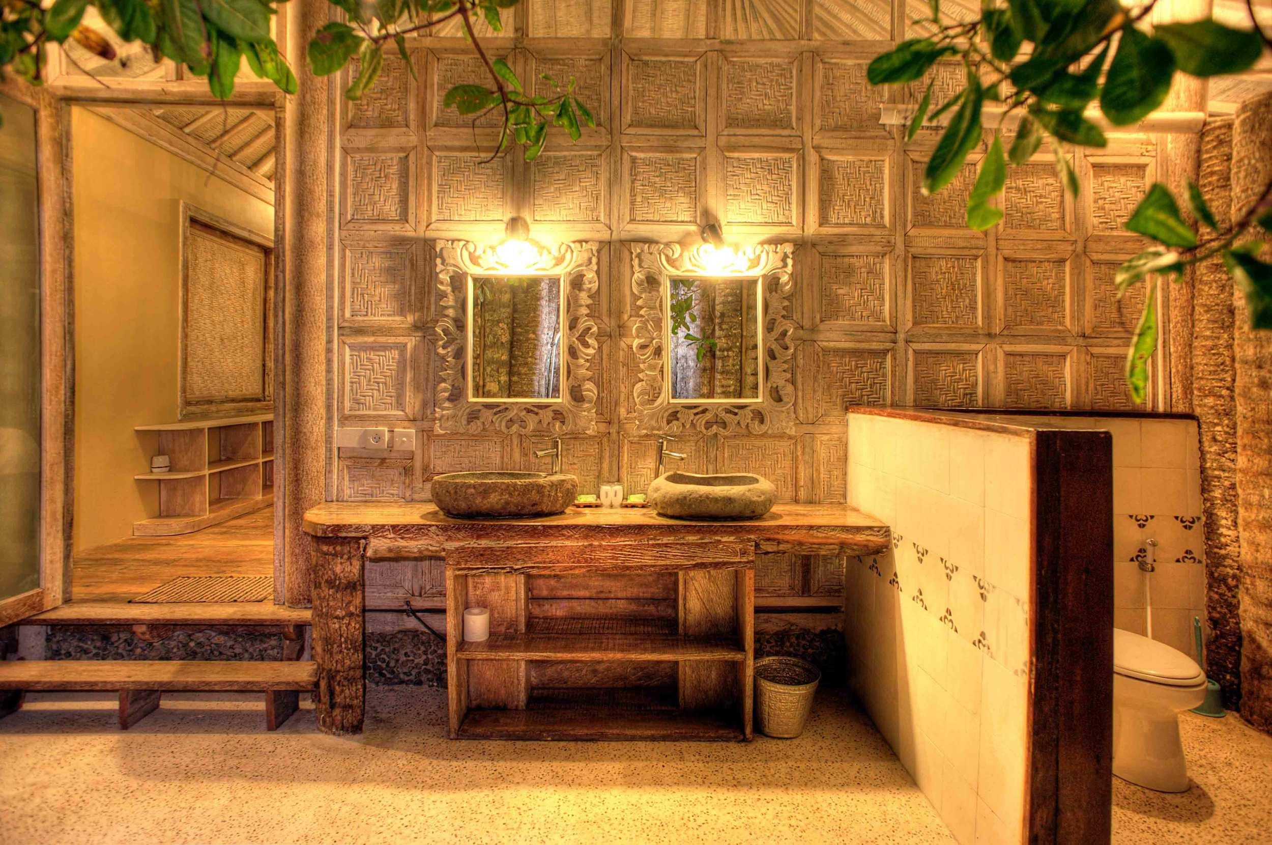 Exterior bathroom Villa 2 bedrooms by night - Les Villas Ottalia