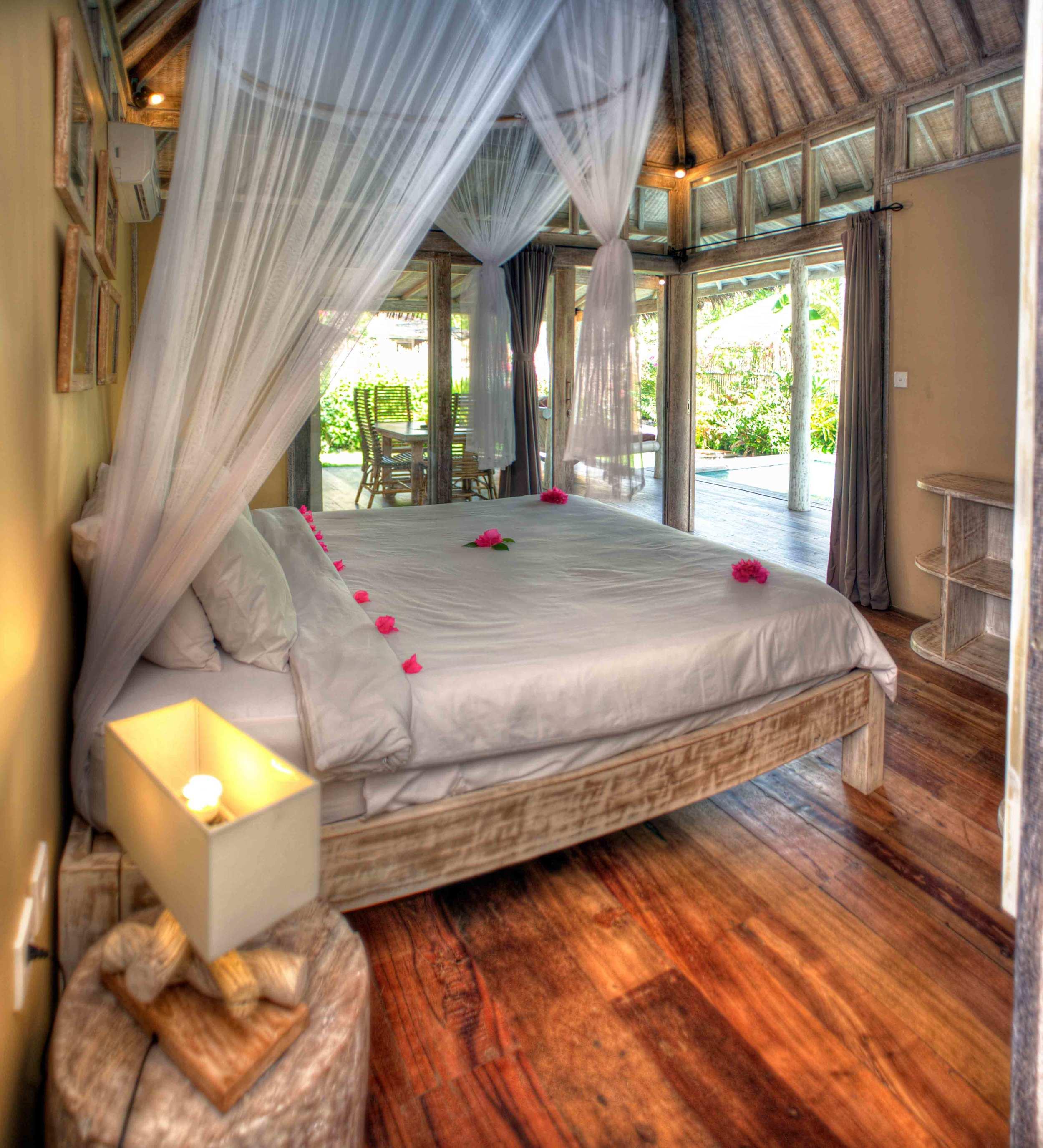 Villa 2 bedrooms Gili Trawangan interior
