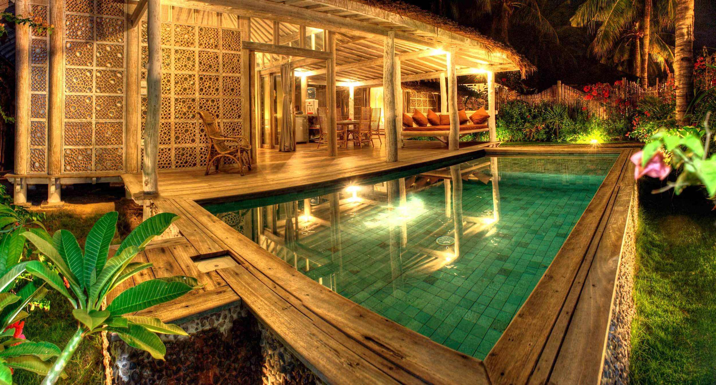 Villa deluxe 2 bedrooms by night Gili island