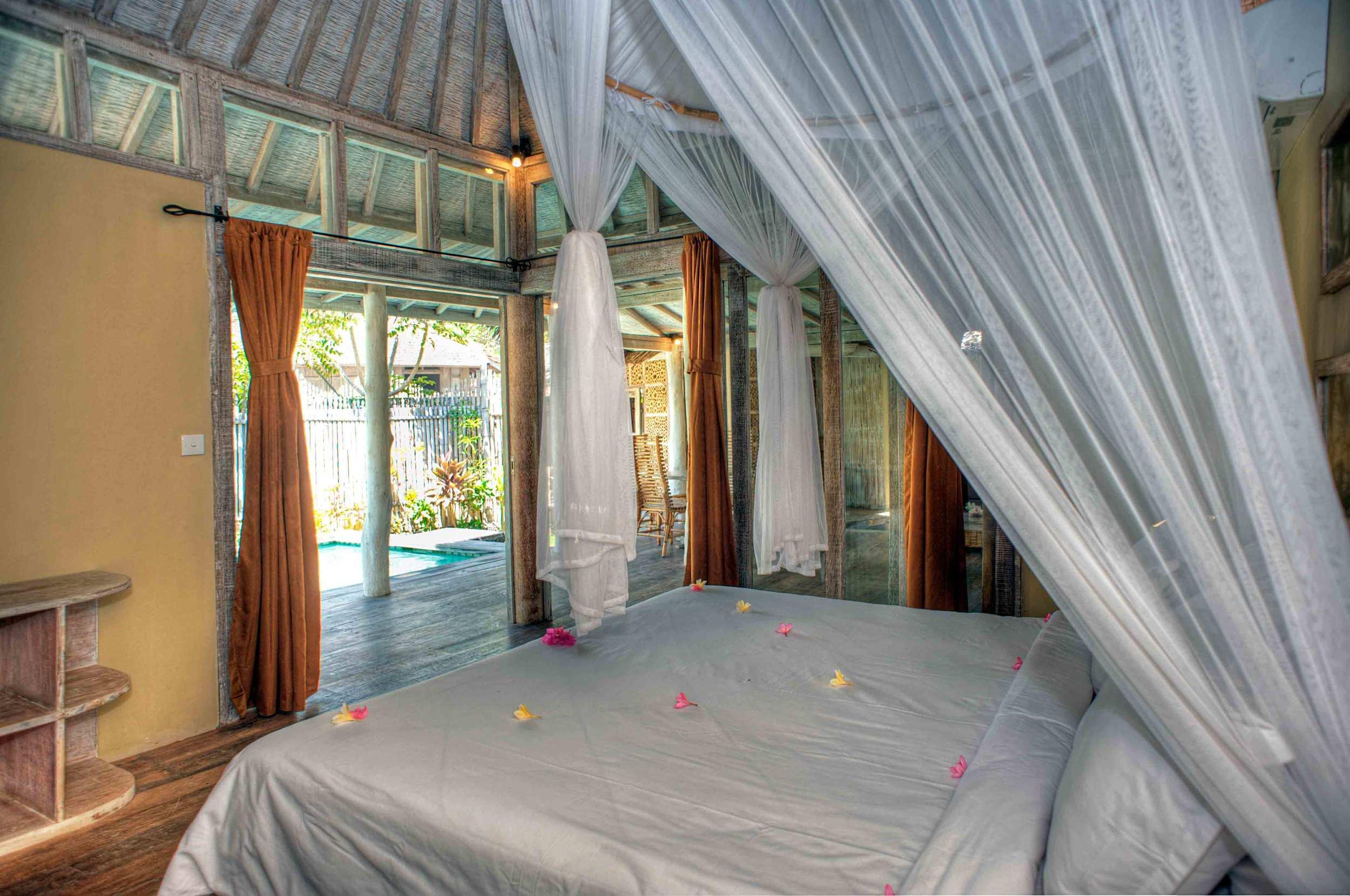 Luxury bedroom - Les Villas Ottalia