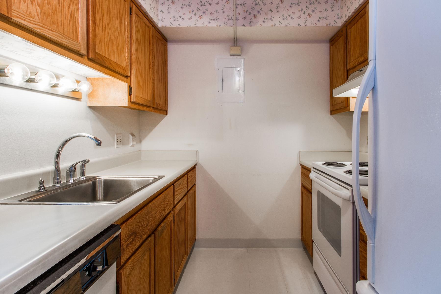 Kitchen_1800x1200_2694142.jpg