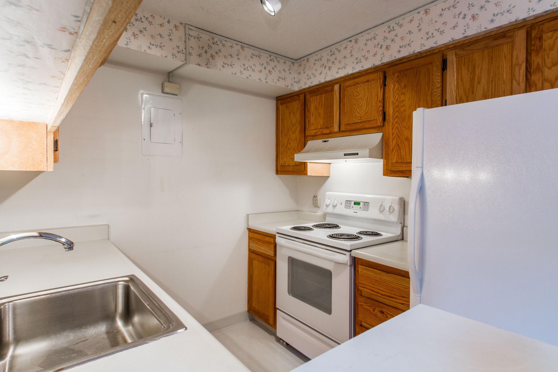Kitchen_1800x1200_2694146.jpg