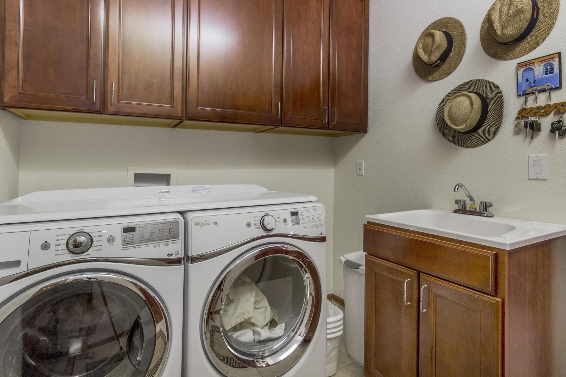 Laundry-Room_1800x1200_2762651.jpg