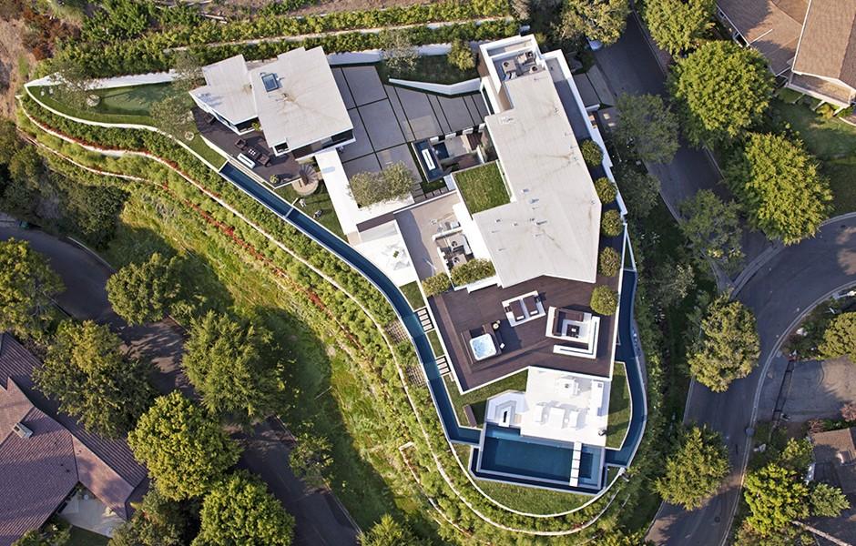 1201 Laurel Way Beverly Hills, CA