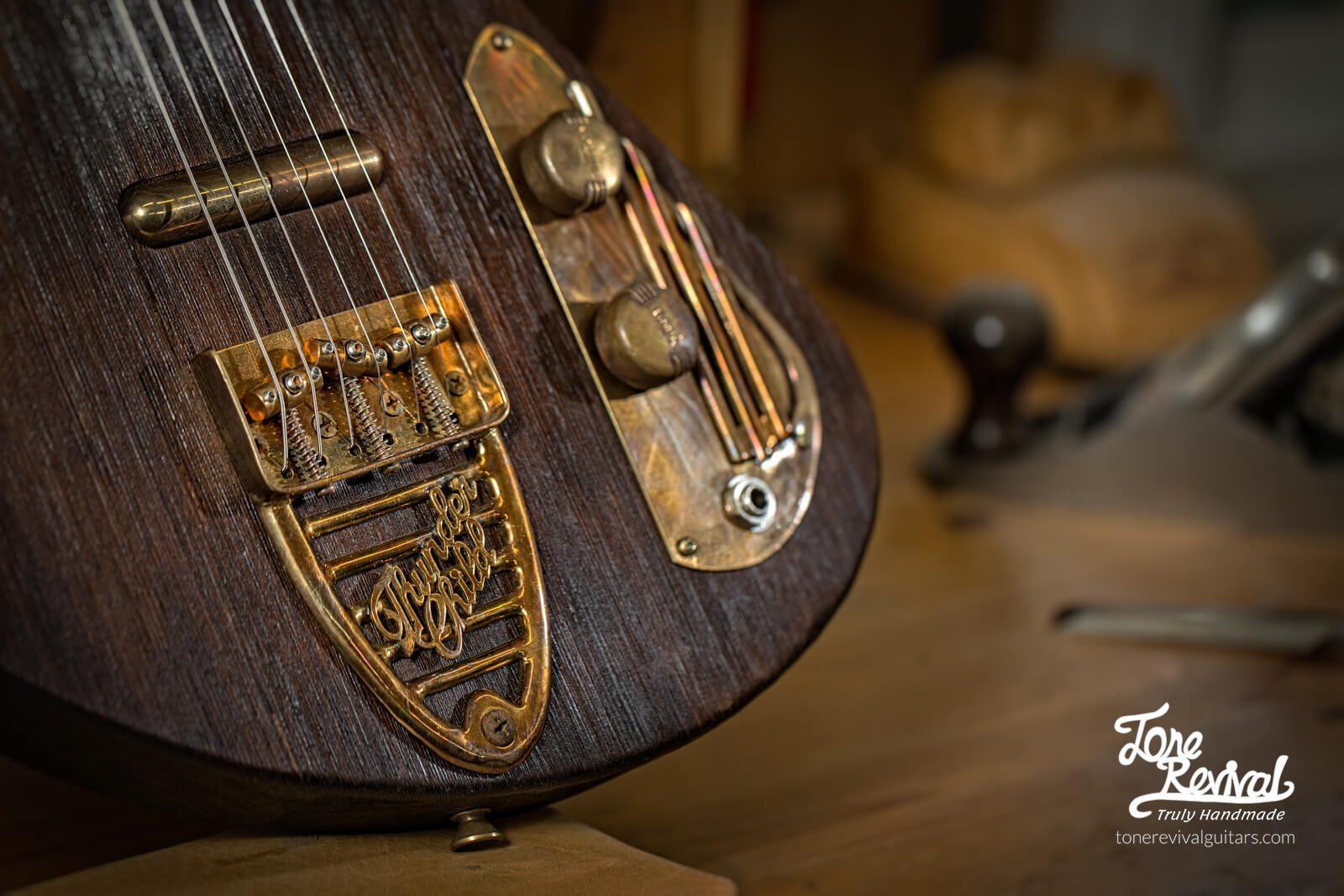 Guitar5-5.jpg
