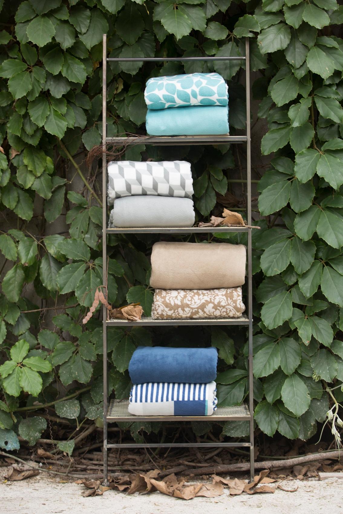 Como organizar edredons e cobertores