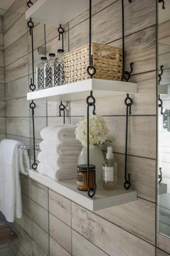 Nichos e prateleiras para decoração de banheiros
