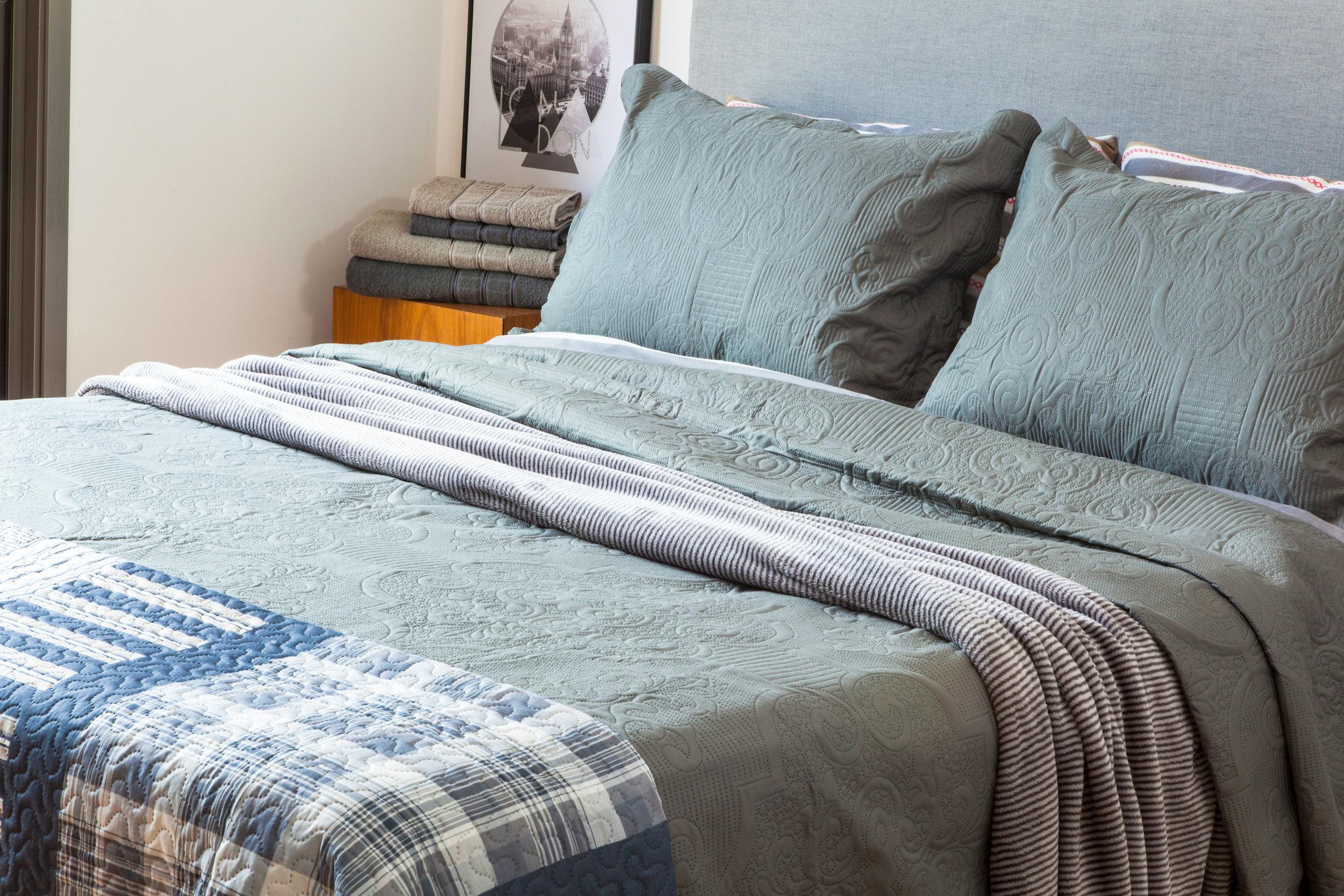como arrumar a cama como nas revistas