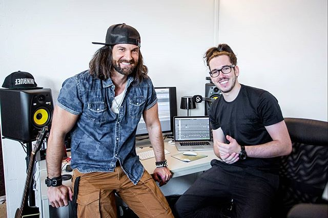 "@tobiasrentschofficial's first time at a recording studio. 😎 Captured in the @schweizer_illustrierte ""photo of the day"" 📸 Thanks for being our guest!"