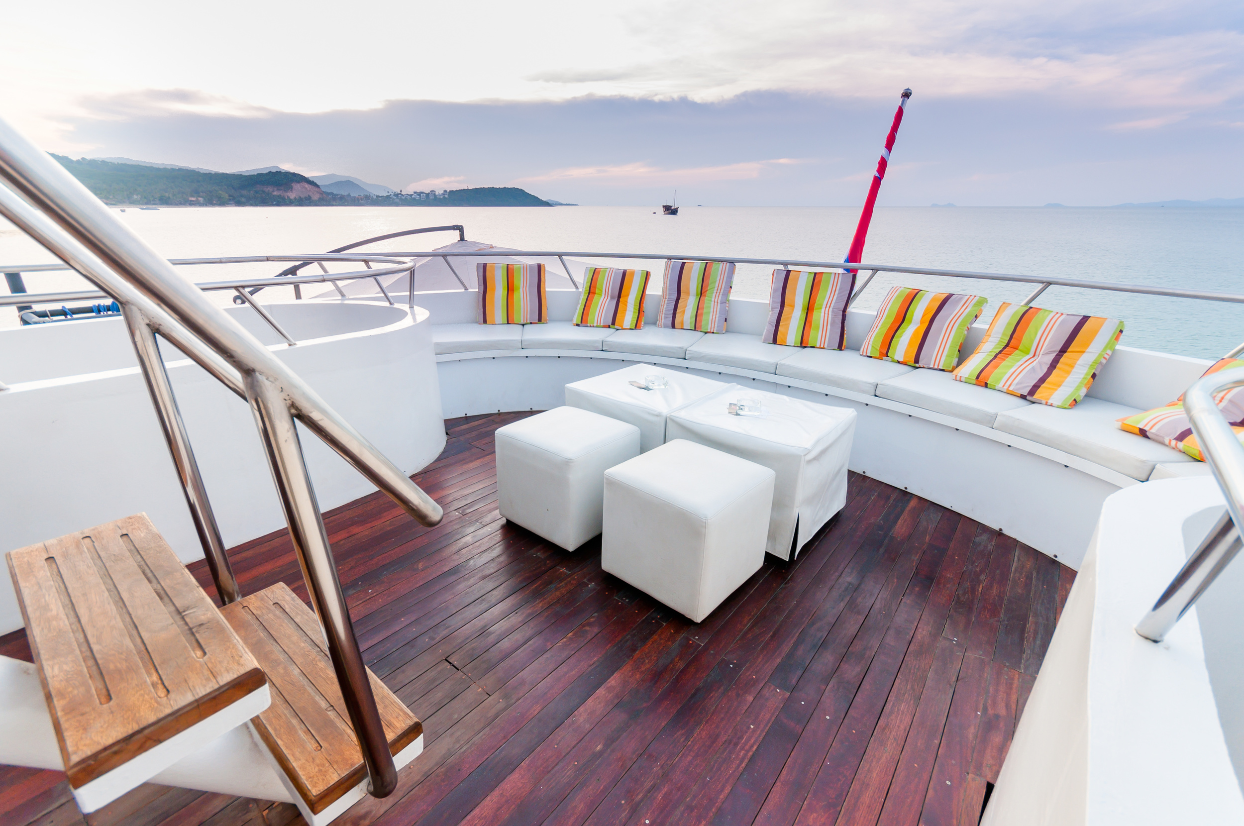 the-final-touch-design-home-stageing-property-update-boat.jpg