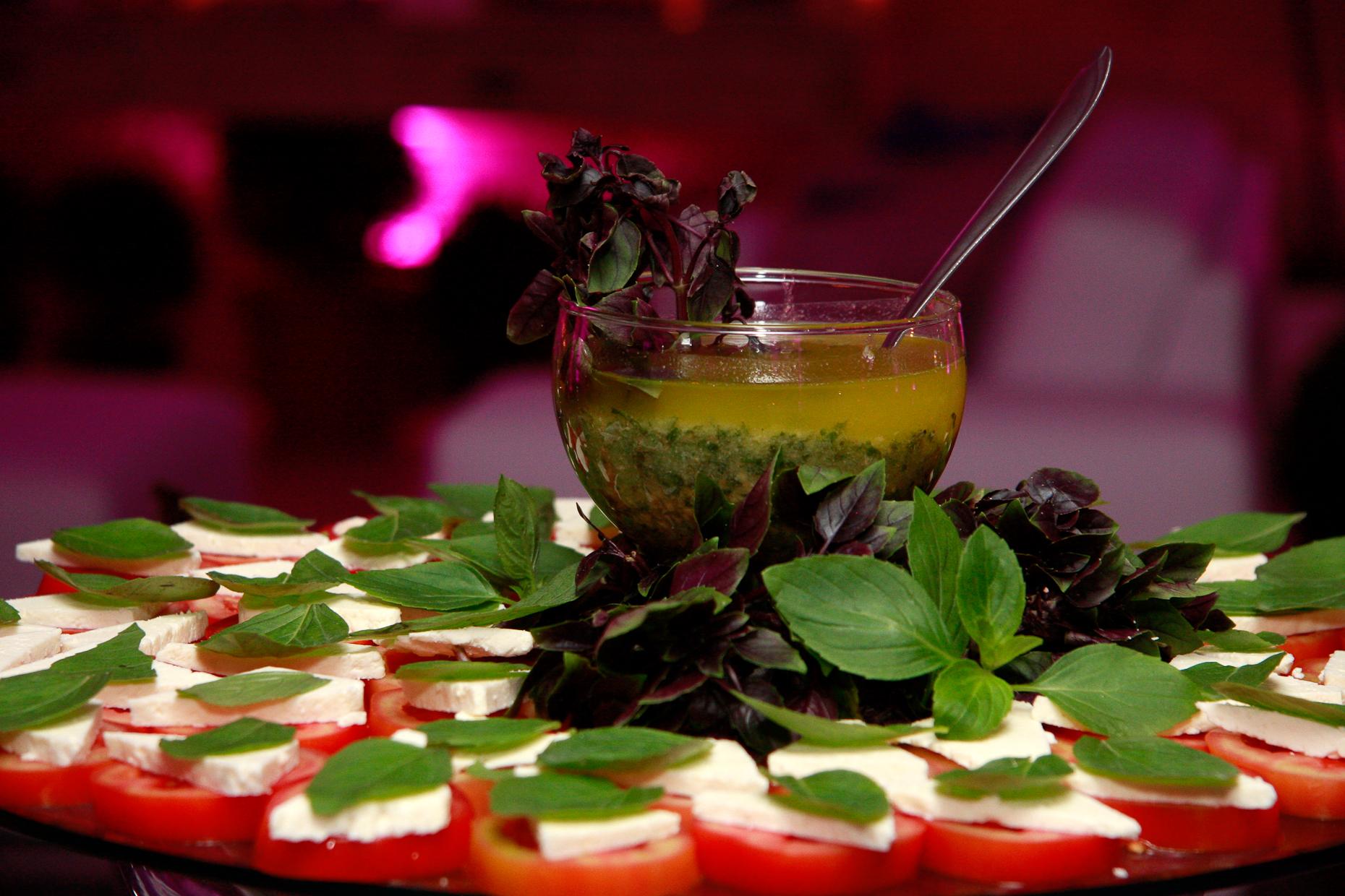 Salada caprese.jpg