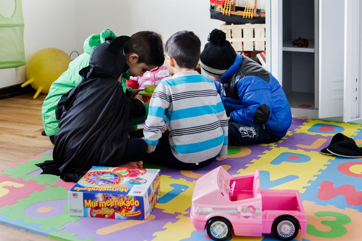 Dank großzügiger Sachspenden haben die Kinder hier viel Spielzeug zur Auswahl