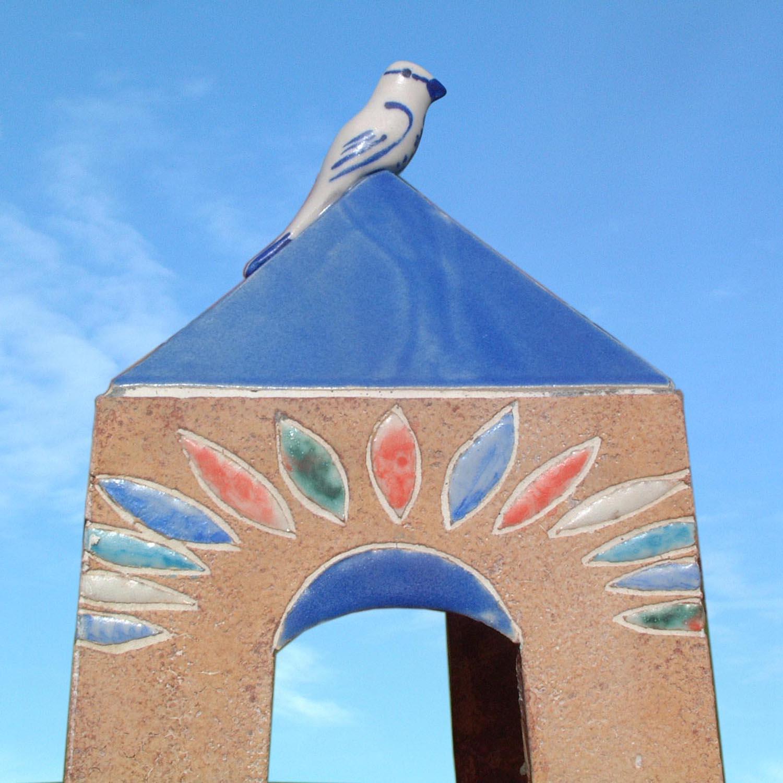 Top of bird feeder, glazed terracotta