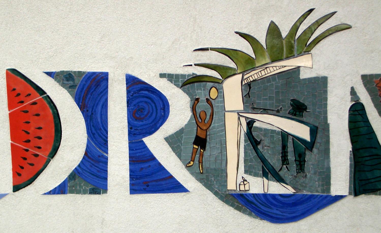 Gloucester Wall 2.jpg