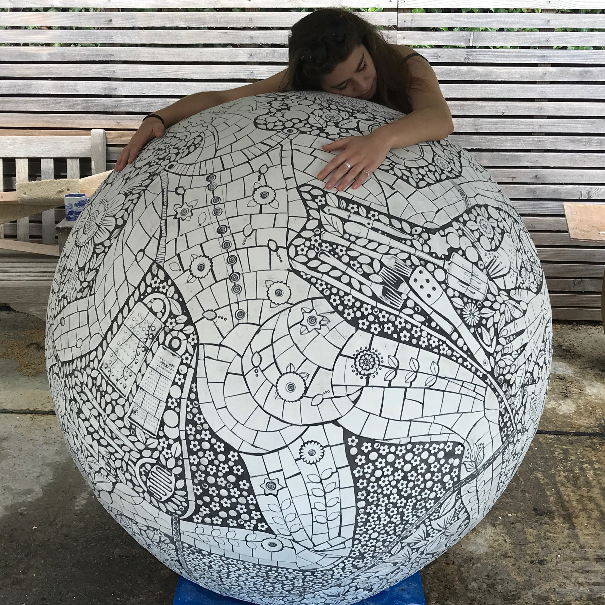 Mosaic sphere for gardens