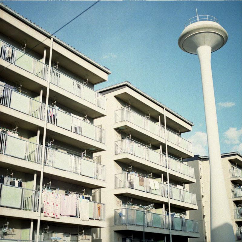 HOUSING_7.72_800_ps_Nixon_Brazil2_003.jpg