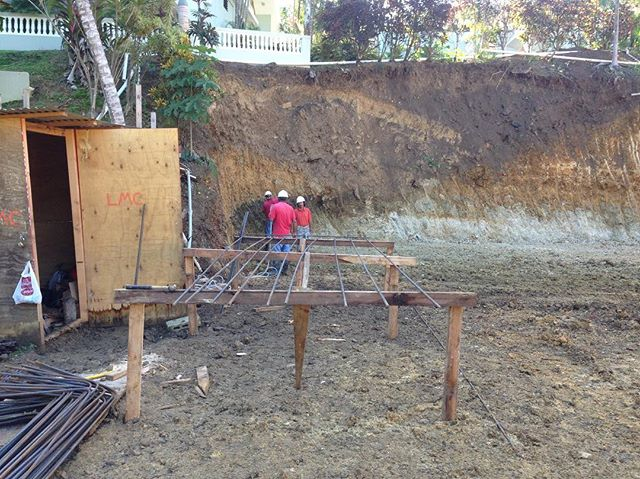 Progress on the new house in Rincon #rincon #beach #oasis #construction #work #happy #lol #nyc #pr #puertorico #follow #nature #nice #fun #workgrind #thursday