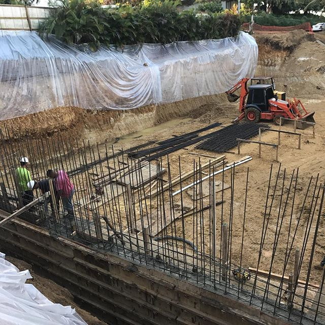 Cement is being put in, hard work #work #holidays #happy #puertorico #oasis #construction #cement  #retainingwall