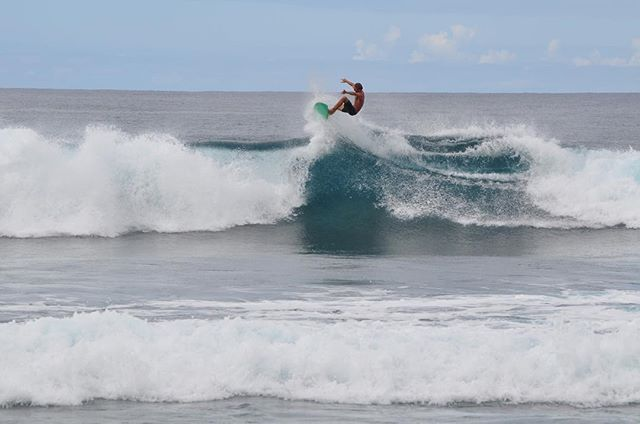 #tbt to the 3rd annual legends surf #surf #surfers #waves #beach #puertorico #oasisresort #oasis #amazing #water #contest #happy #tb #rinconsurfschool #rinconsurf #rincon