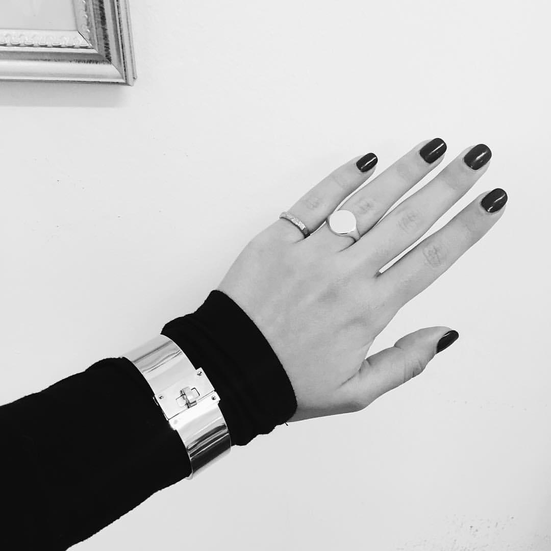 galisfly hand.jpg