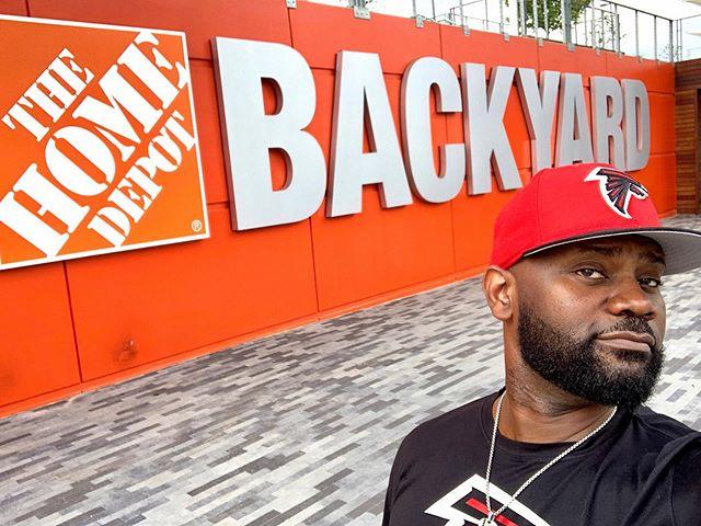 I like big backyards & I cannot lie 😇 .@homedepot