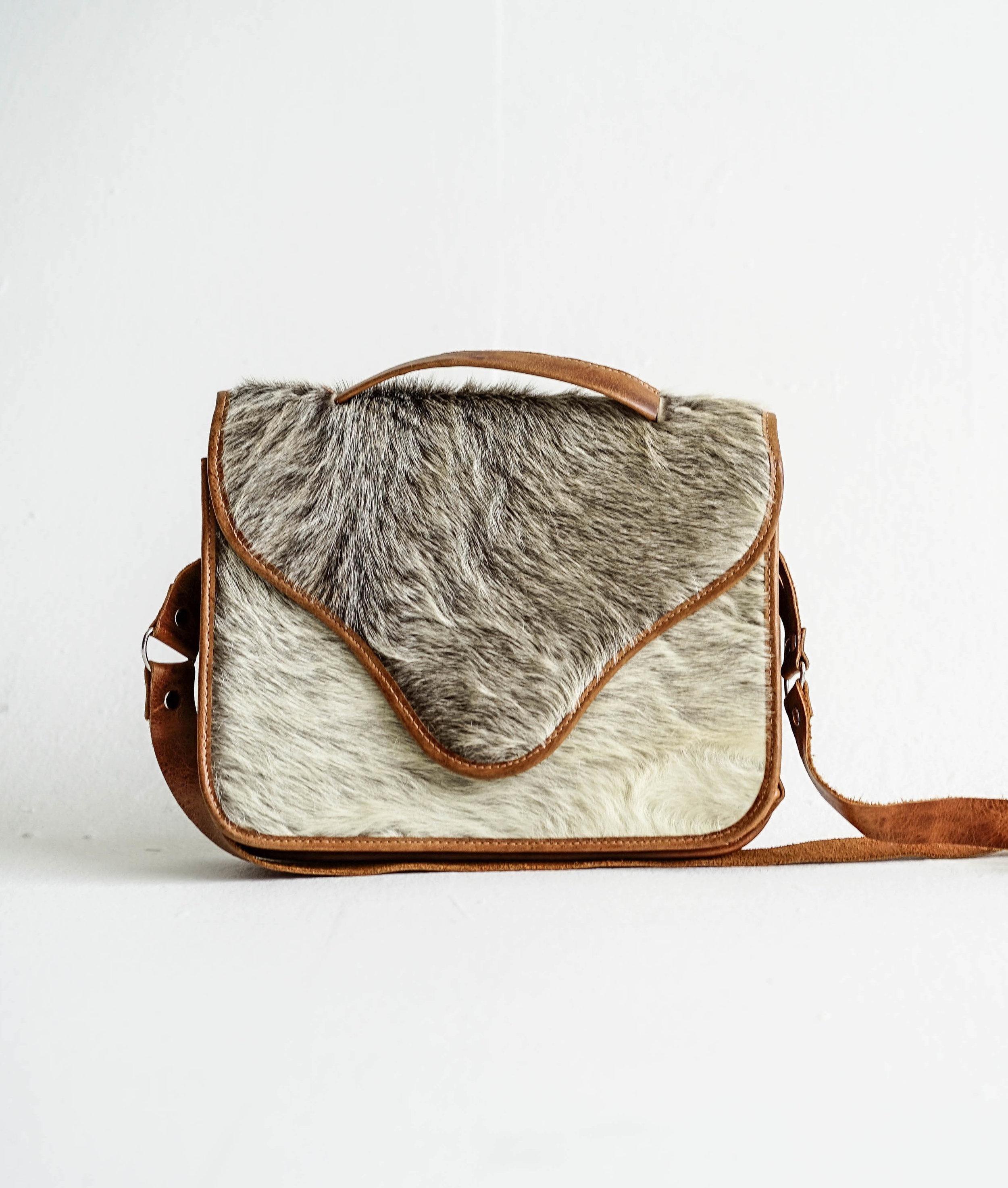 Hazlo Handmade Guatemala Fair Trade Hand Woven Leather Bags Accessories Belts Antigua Slow Fashion Purse Jewelry01403 copy.jpg