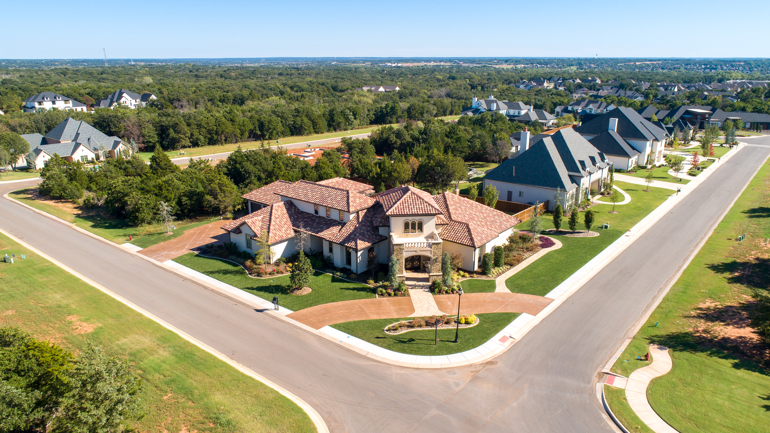 Add ons - 5 Aerial Images ....................................... $5010 Community Photos ............................ $50add 20 miles or 30 minutes of travel …..$5030 Minute reshoot ………………………… $6530 Minute additional time …….…………. $50