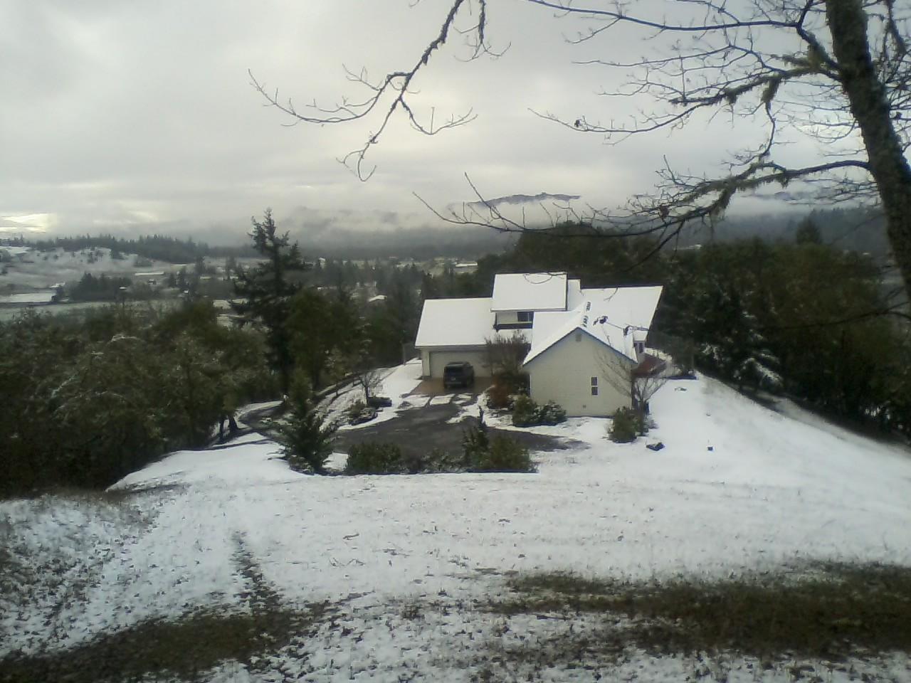Snow House2.jpg