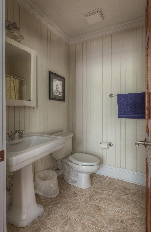 290 bathroom-four.jpg