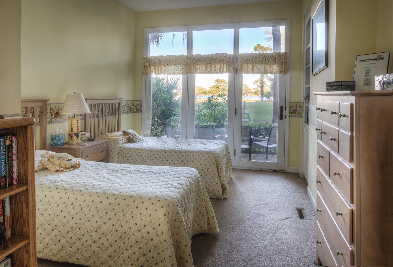220 lower-bedroom-PS1.jpg