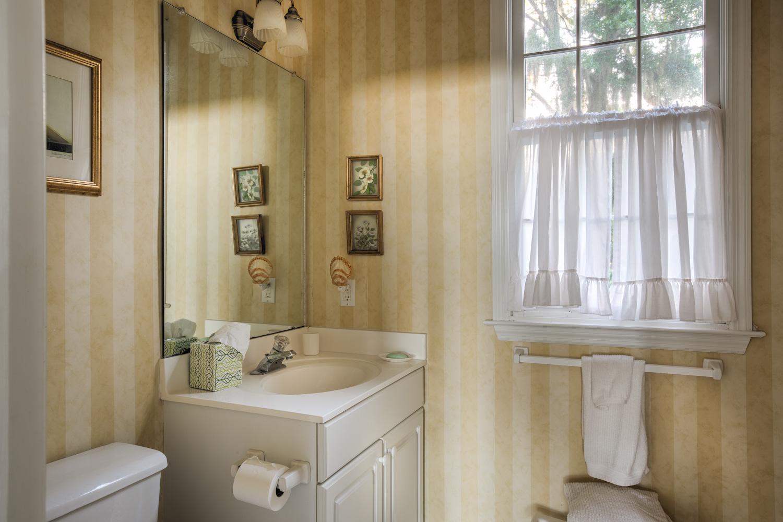230 lower-bathroom-PS1.jpg