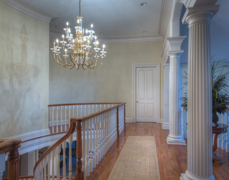 400 upper-hall.jpg