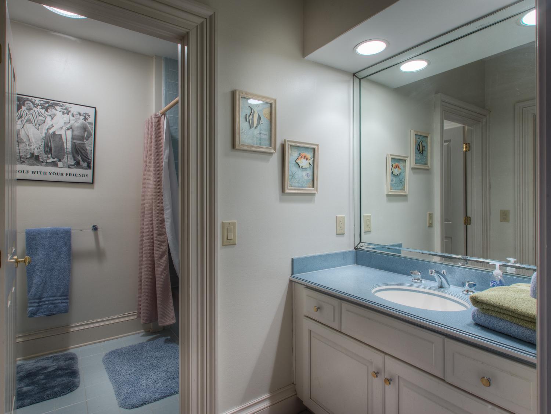 570 bath-four.jpg