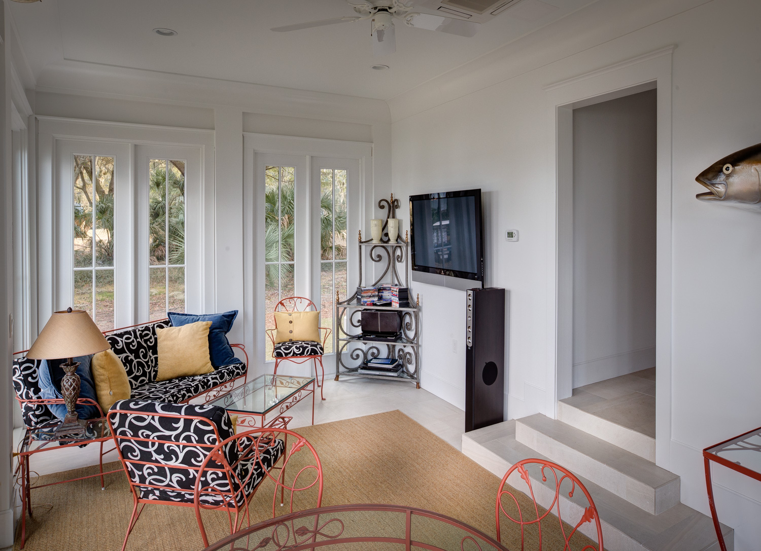 110 sunroom-tv.jpg