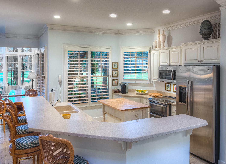 110 kitchen-PS1.jpg