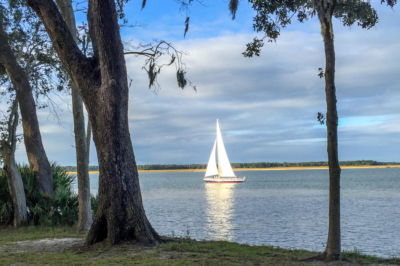 09 sailboat.jpg